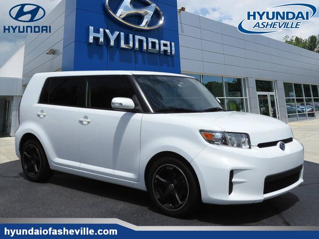 Pre-Owned 2011 Scion xB RS 8.0