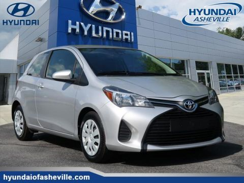 Pre-Owned 2017 Toyota Yaris 3-Door L